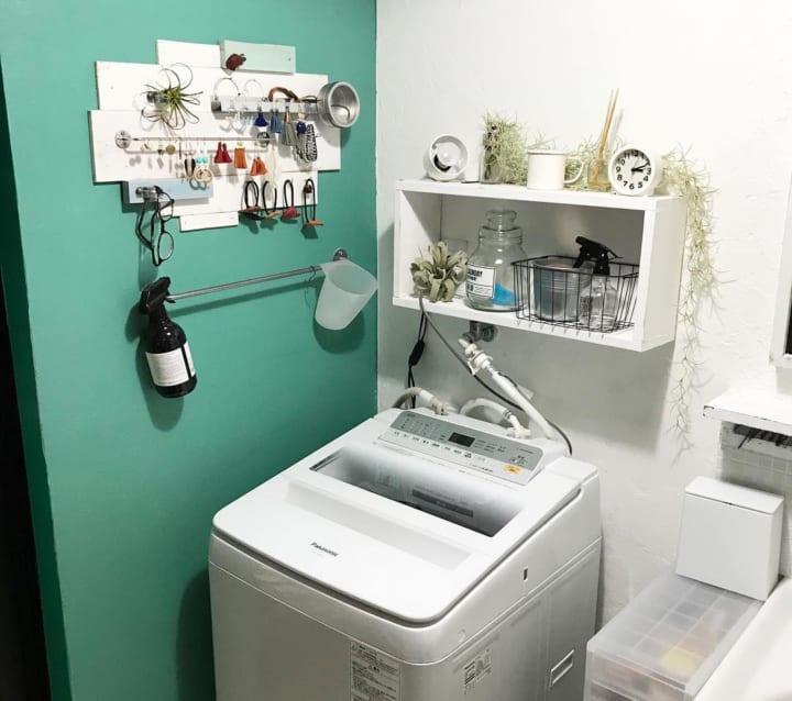 DIYで見せる収納スペースを追加