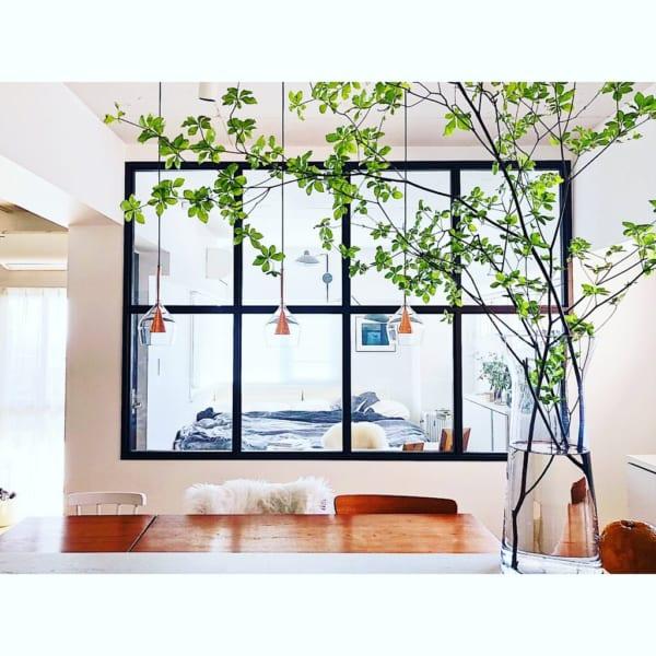 室内窓で明るく開放的な空間づくり
