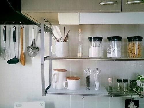 アパートによくついている水切り棚を活用
