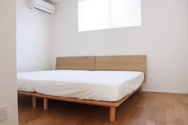 シンプリストの寝室インテリア6