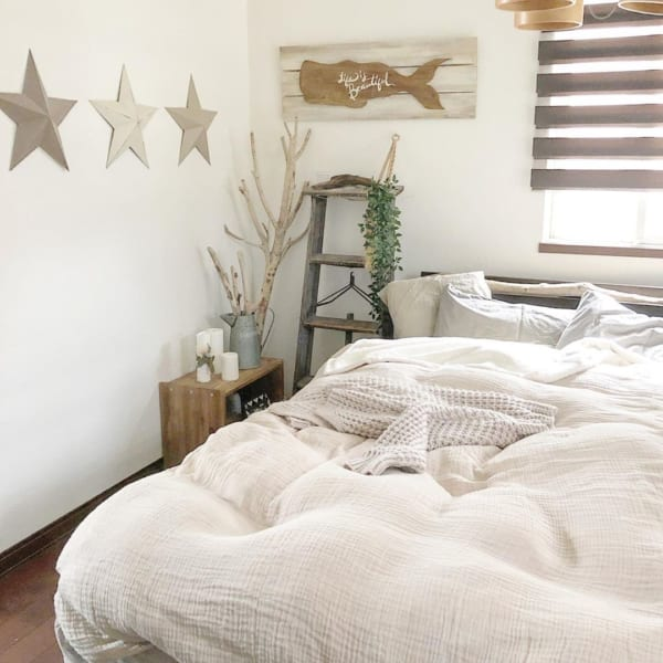 ぐっすり眠れるナチュラル寝室