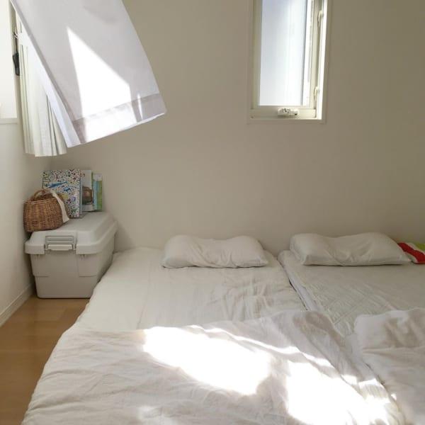 シンプリストの寝室インテリア7