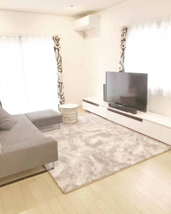 狭いリビングのソファのレイアウト14