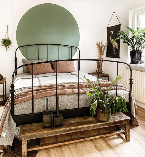アースカラーの和モダン寝室