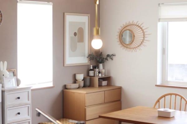 ウッド素材の家具で温もり感を演出