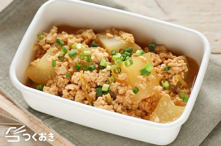 お好み焼きに簡単な副菜!味噌大根そぼろ