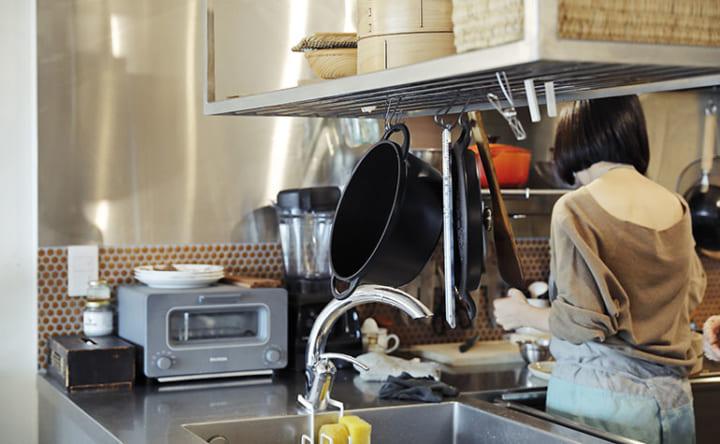 シンクや家電が両側から使える 無駄なく機能的なL型キッチン4