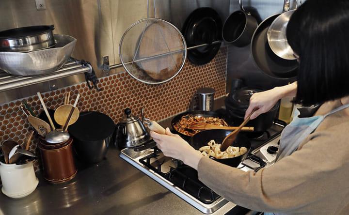 シンクや家電が両側から使える 無駄なく機能的なL型キッチン5
