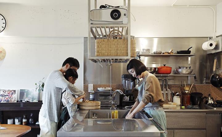 シンクや家電が両側から使える 無駄なく機能的なL型キッチン6