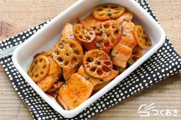 人気のおかず!鮭とれんこんのしそ照り焼き