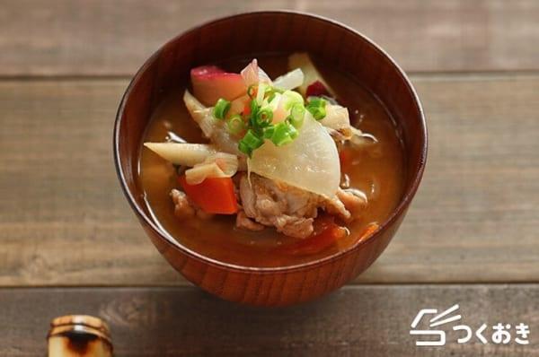 たまらなく美味しいレシピに!簡単な豚汁