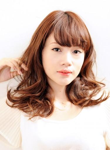 オフィスカジュアルのヘアスタイル19