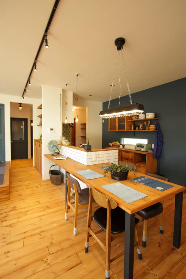 カフェ風キッチンインテリア≪テーブル≫2