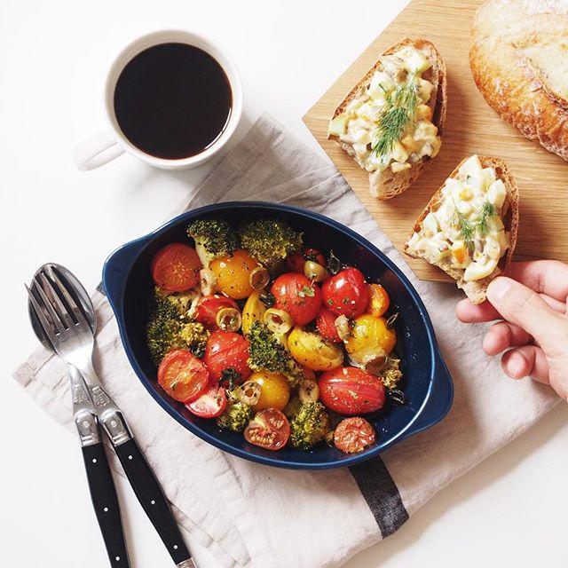 ブロッコリーとミニトマトのホットサラダ