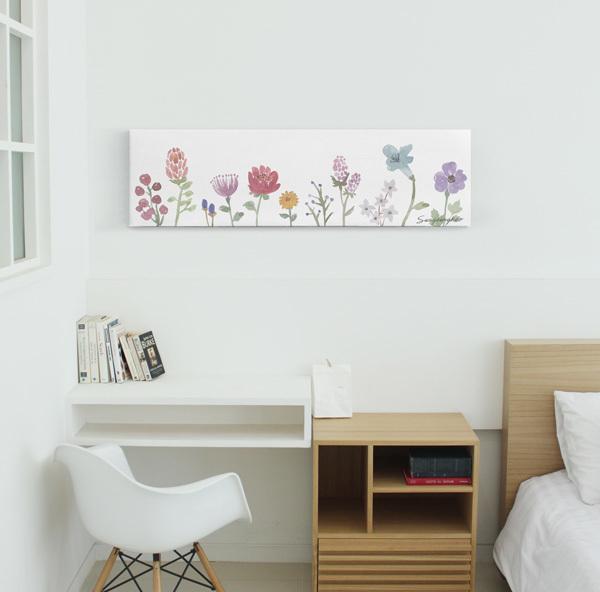 壁面インテリアになる花柄ファブリックパネル