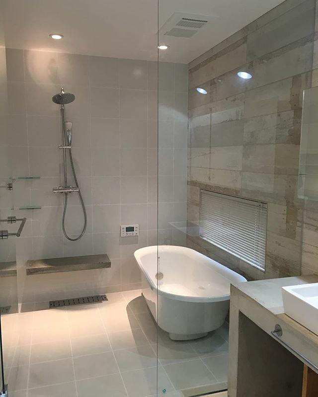 シンプルな海外のお風呂2