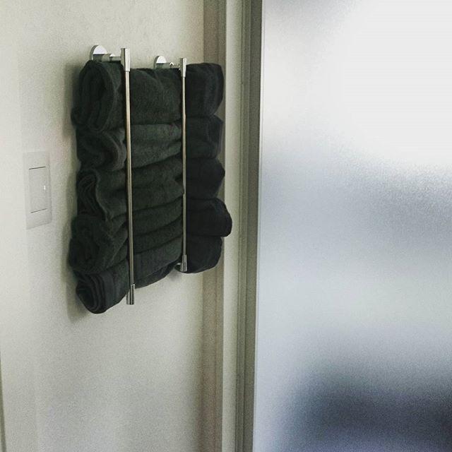 タオルハンガーを使った洗面所の収納DIYアイデア