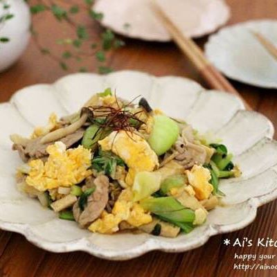 副菜に!豚肉とチンゲン菜の彩りオイスター炒め