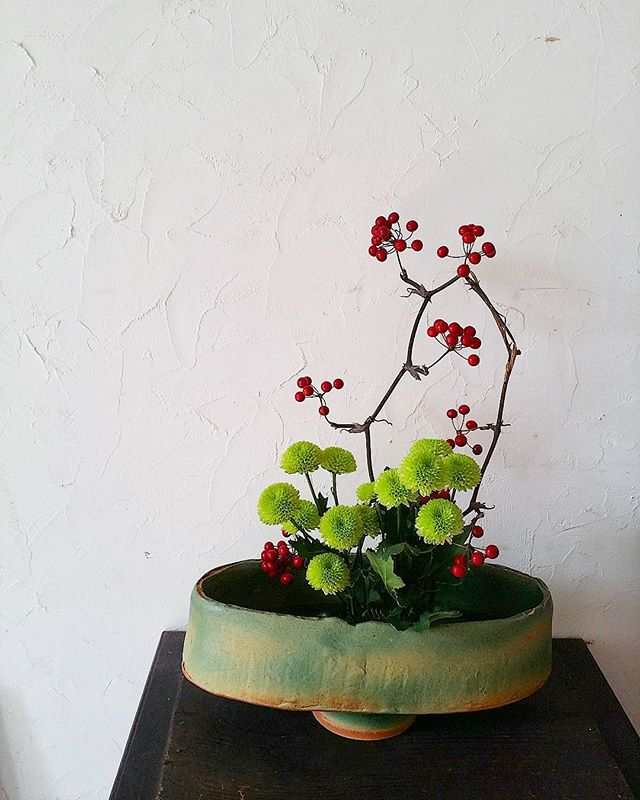 花を生ける暮らしを楽しむ