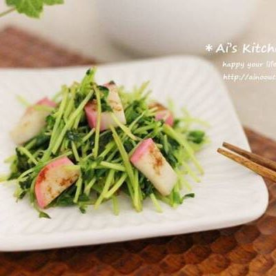 お弁当の副菜におすすめ!豆苗とかまぼこ炒め