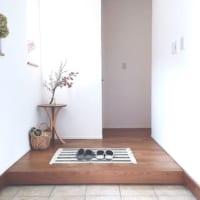 家の第一印象を決める!「玄関インテリア」をオシャレに見せるポイントとは?