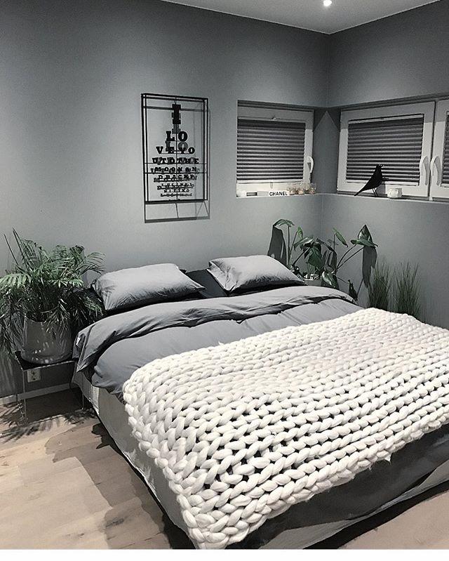 海外のベッドルームインテリア《モノトーン》