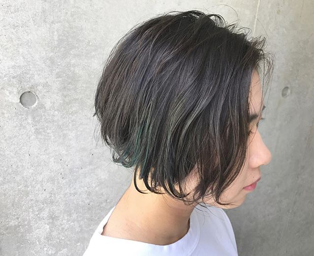 ショートヘア×ワンレンコンパクトストレート