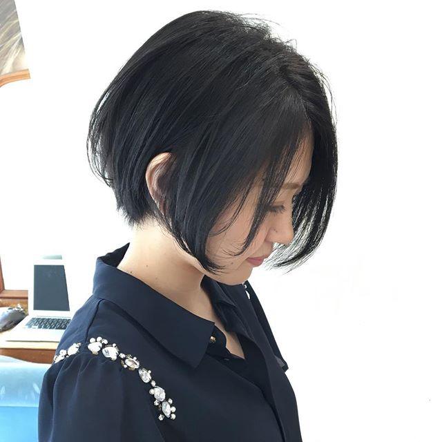 面長さんに似合う前髪なし×ショート×黒髪5