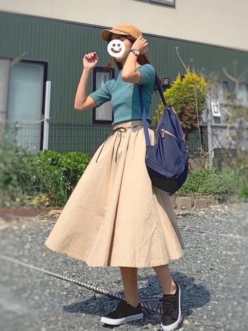 ネイビーリュック×フレアスカート