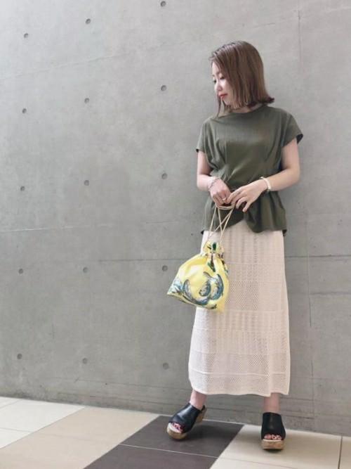 ピッタリのゆるカジュアルな服装