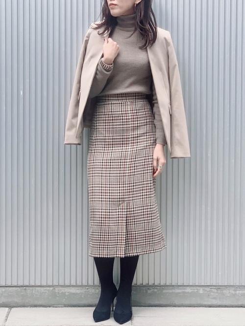 チェック×タイトスカート2