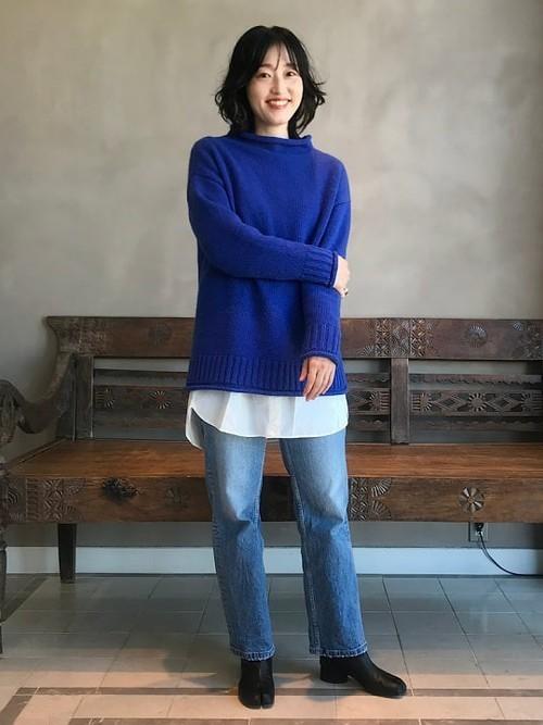 [BEAMS WOMEN] Moname / ストレート スリム デニムパンツ BLUE