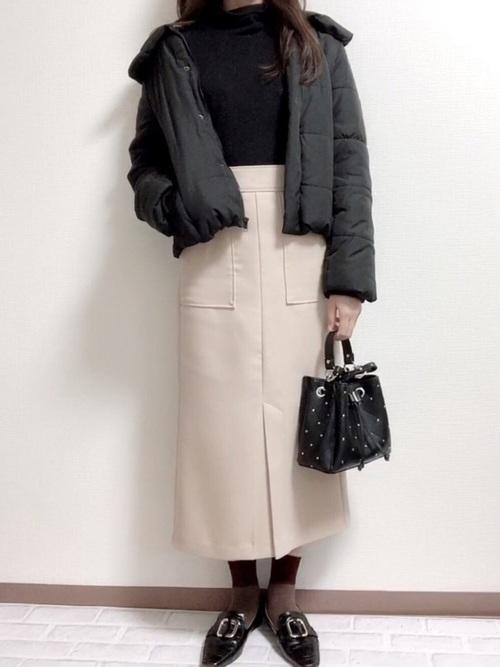 無地×タイトスカート3
