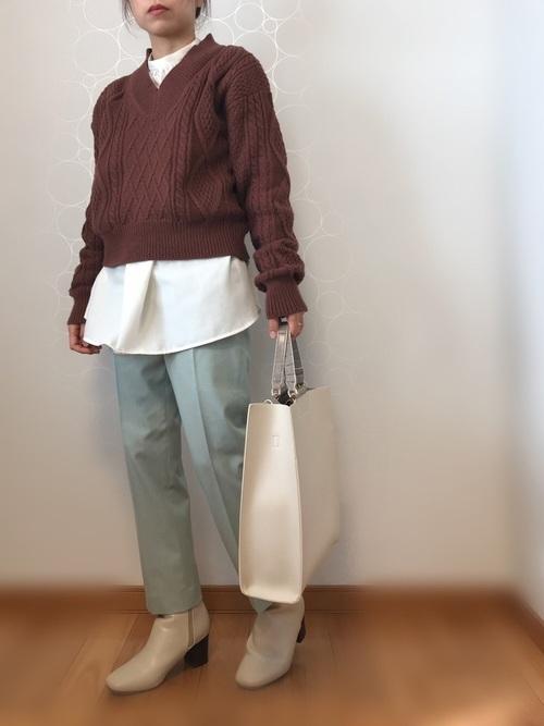 しまむらの白系シャツ&ブラウスコーデ2