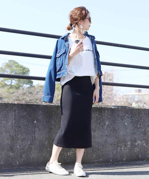 ショートデニムジャケット×タイトスカート