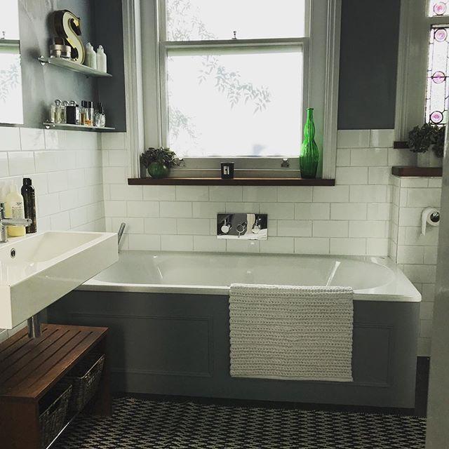 シンプルな海外のお風呂3