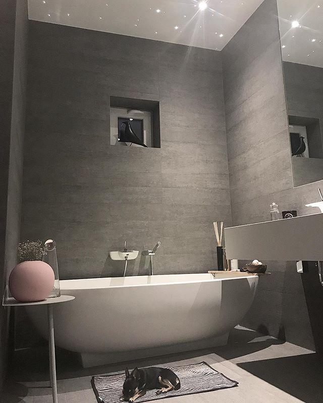 シンプルな海外のお風呂