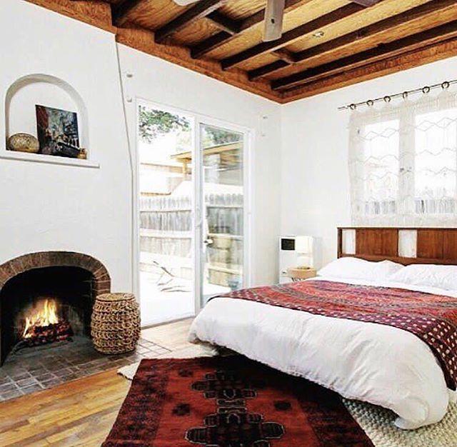 海外のベッドルームインテリア《ホテル風》3