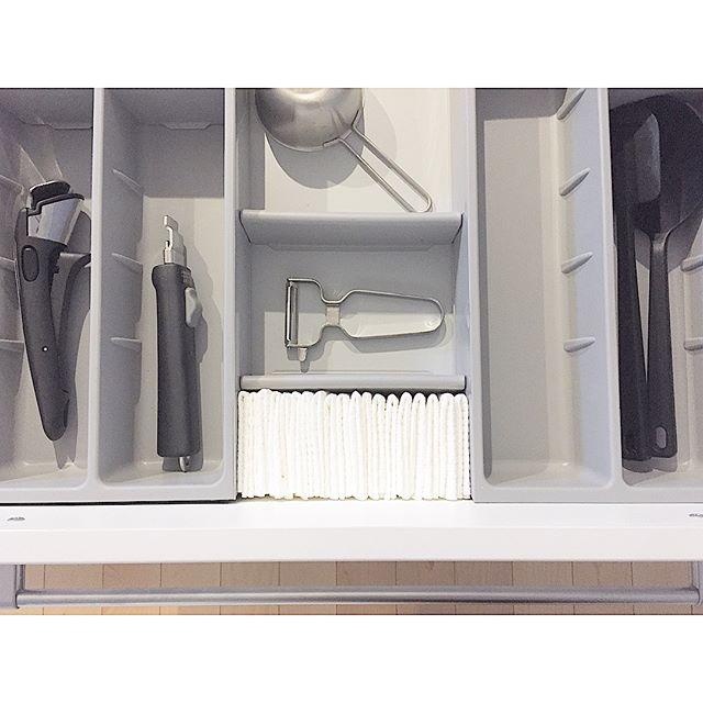 キッチンツールはスッキリ見せない収納