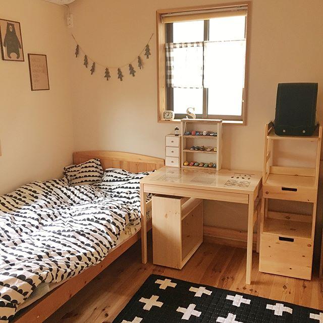 ランドセルラックも他の家具と材質を揃えて