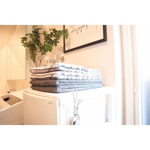 おしゃれなタオルがインテリア化した洗面所収納