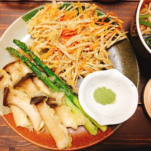 根菜を簡単に大量消費!ごぼうと人参のかき揚げ