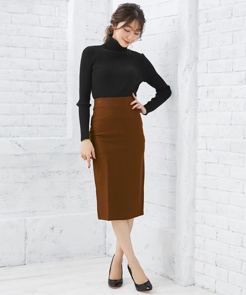 ミディ丈スカートの女っぽコーデ