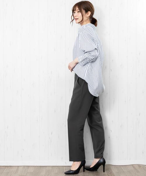 夏の強撚糸パンツのスタイル