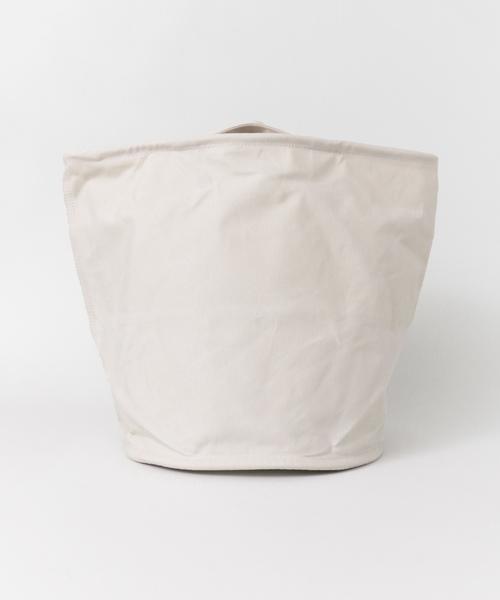 ランドリーバッグになる帆布製のバケツ