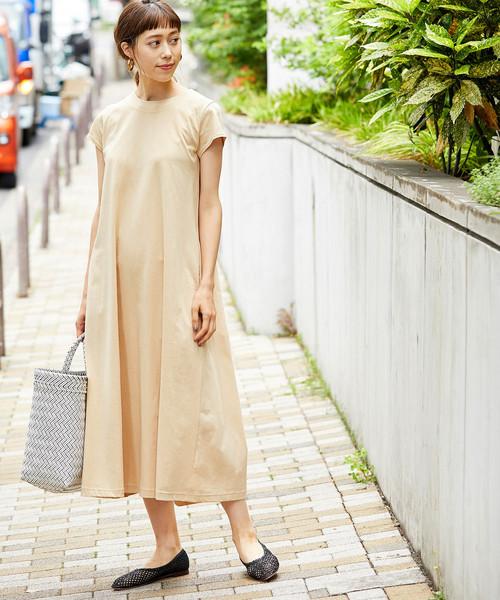Aラインワンピースの沖縄の服装
