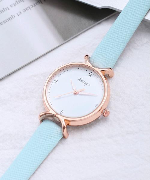 手首をおしゃれに見せるかわいい腕時計
