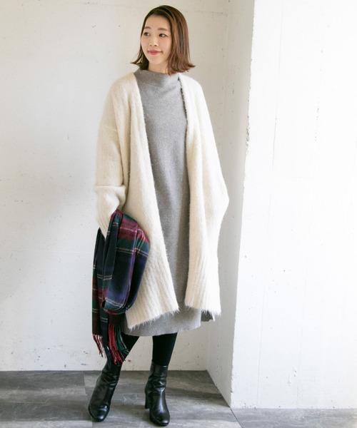 大人女性のオフィスカジュアルの服装11