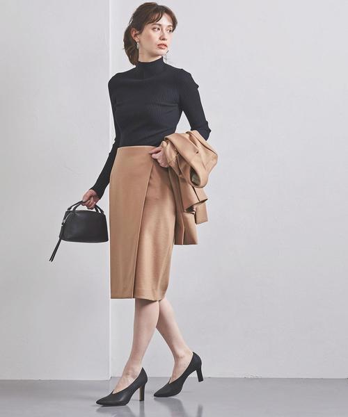 リブニット×タイトスカート