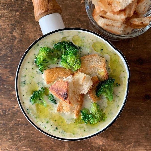 簡単に葉酸を摂取できる!ブロッコリーのスープ